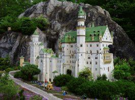 Der Europäische Gerichtshof (EuGH) entscheidet zum zweiten Mal über den Schutz von LEGO-Bausteinen – diesmal zu Gunsten der Firma LEGO